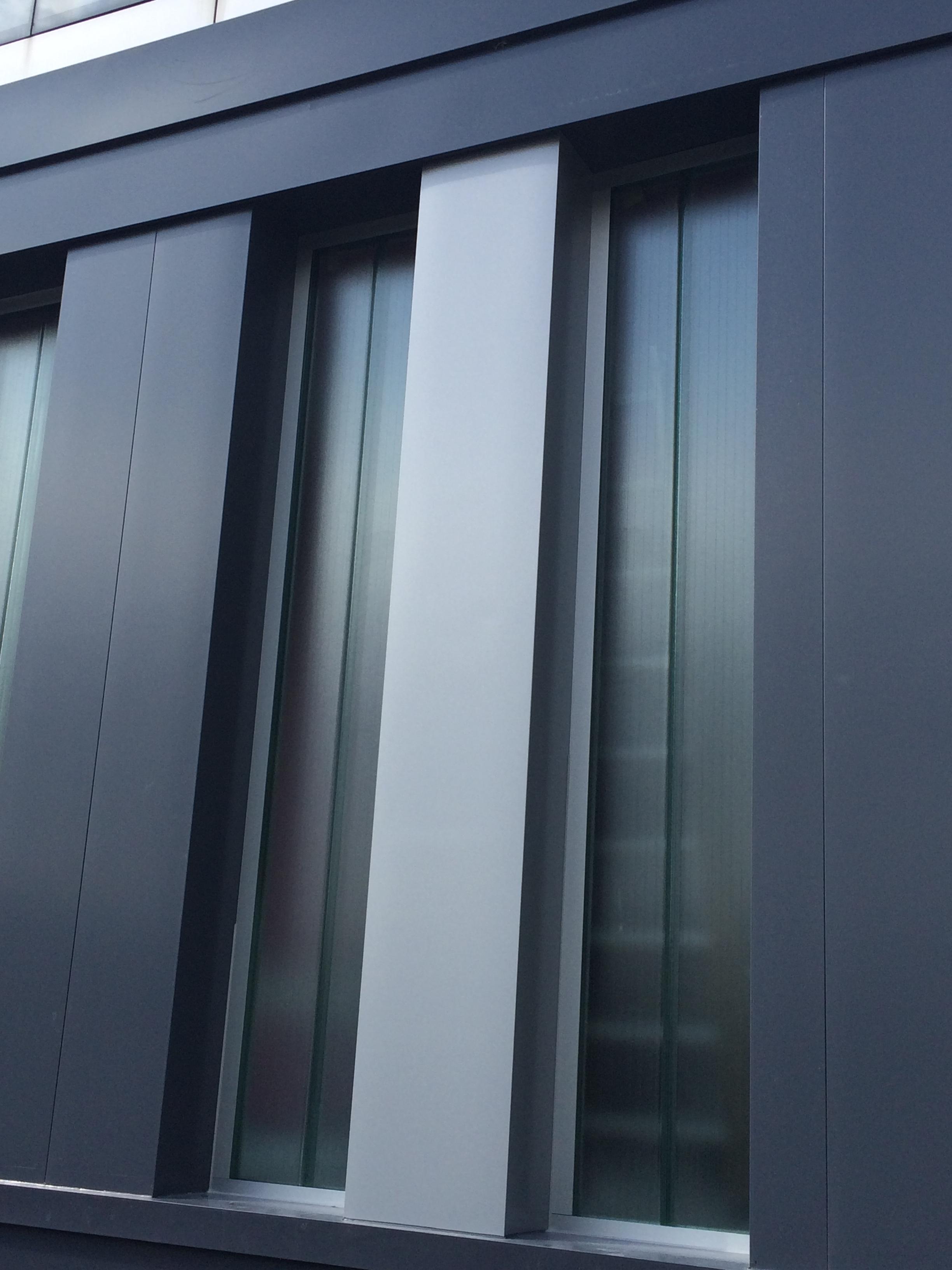 molalum-terrassa-vidrio-u glas-en-fachada-2