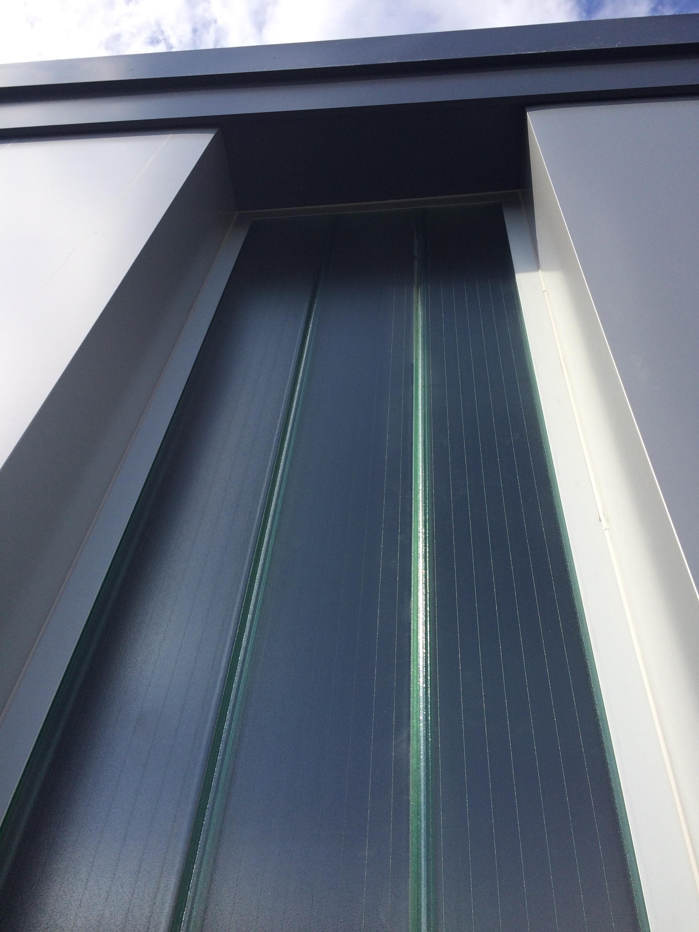 molalum-terrassa-vidrio-u glas-en-fachada-3