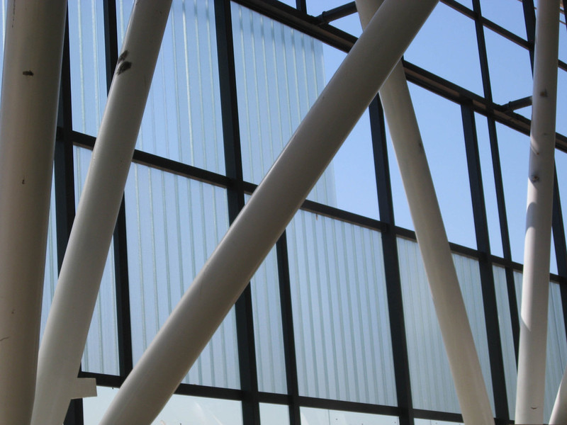 molalum-terrassa-vidrio-u glas-en-fachada